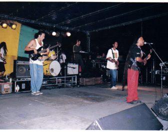 Dionorina e Banda Guerrilheiro de Jah