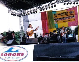 Dionorina e sua banda se apresentando